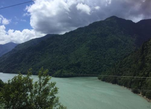 Enguri Wasserkraftwerk Georgien